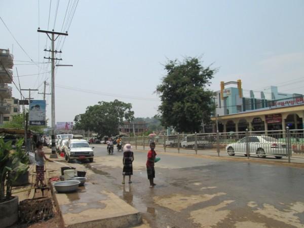 လားရှိုးမြို့ထဲတစ်နေရာ